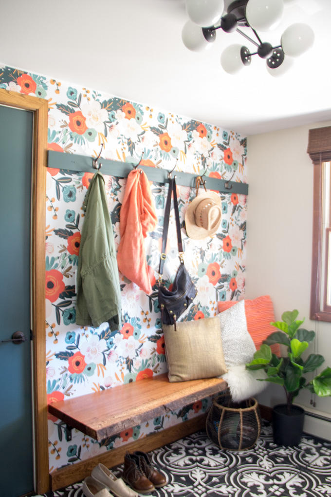 RX_1907_Beautiful Wallpaper Ideas_Mudroom Masterpiece