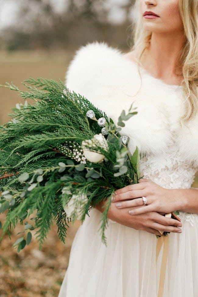 11 Ways To Fall In Love With Non Traditional Bridal Bouquets