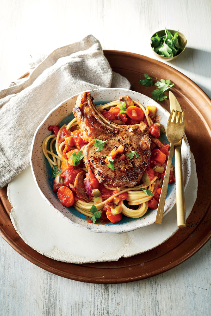 Cast iron skillet recipes southern living cast iron pork cacciatore forumfinder Gallery