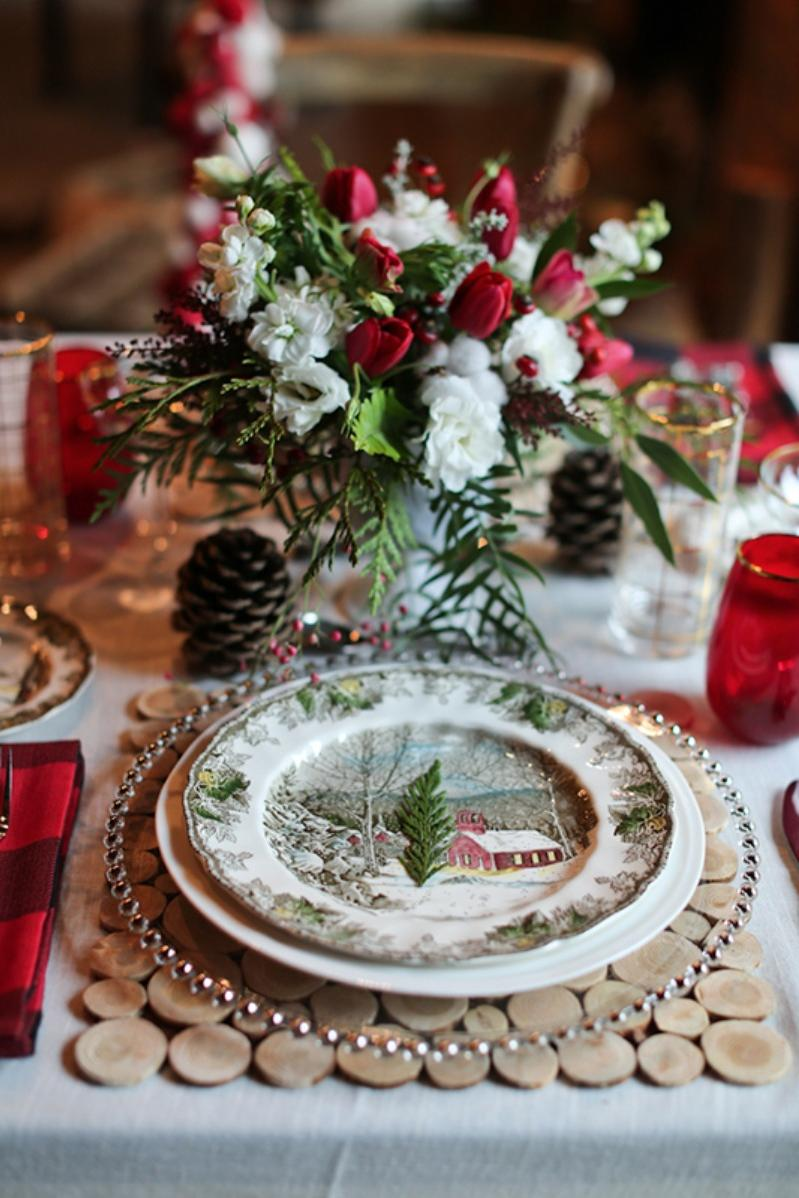 25+ Awesome Christmas Wedding Decorations