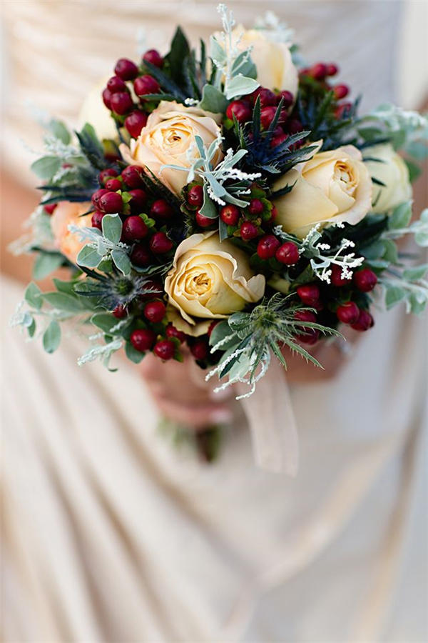 Merry And Bright Christmas Wedding Bouquets Southern Living