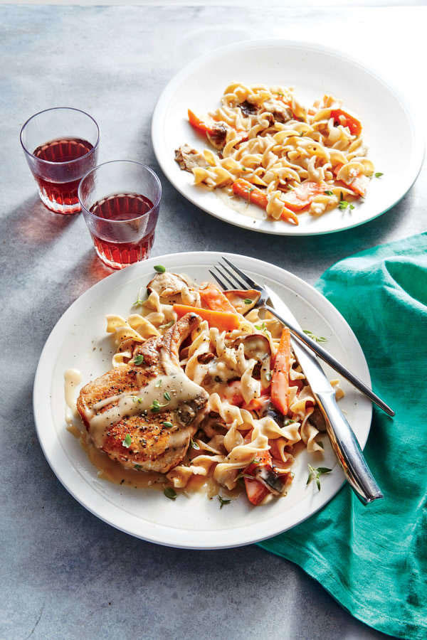 Pork Chops with Mushrooms and Carrots