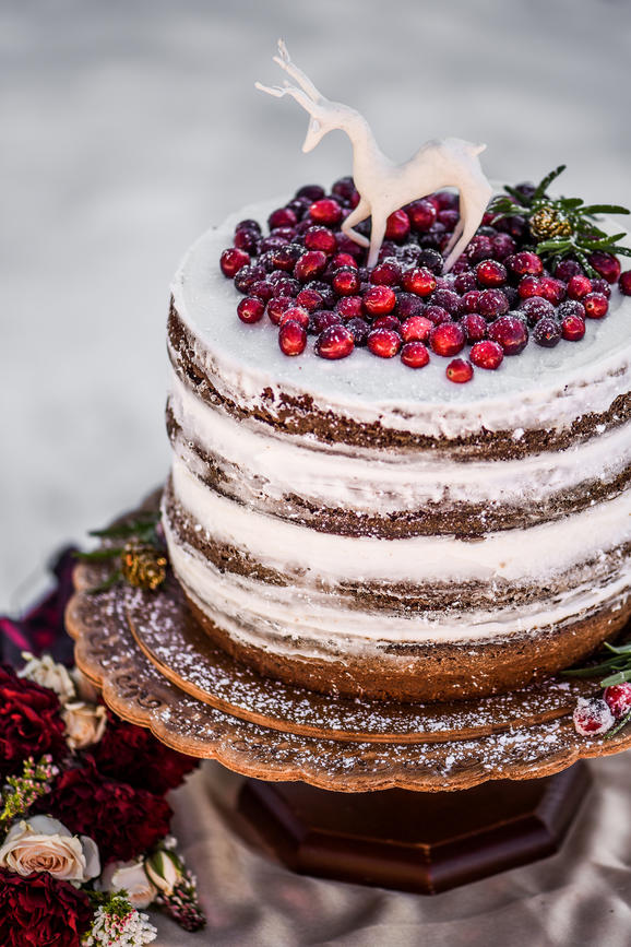 frost your wedding cake with christmas romance