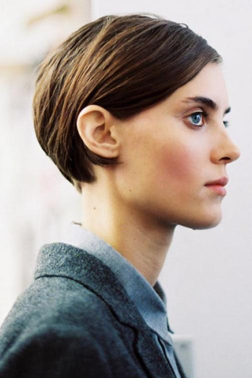 1708_ The Best Short Haircuts of 2017 Sleek and Tucked Back
