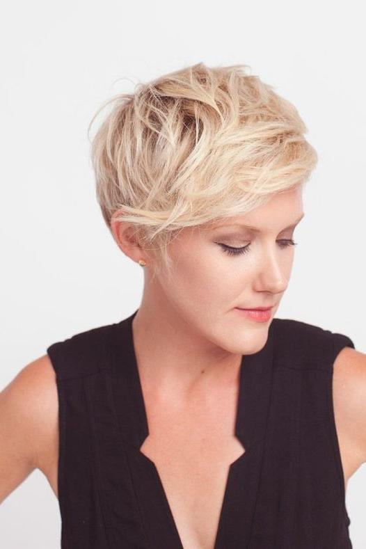 The Best Short Cuts for Thin Hair - Southern Living