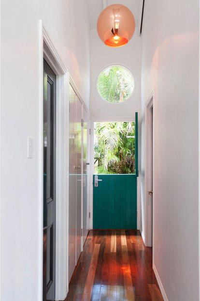 Modern Tropical Entry