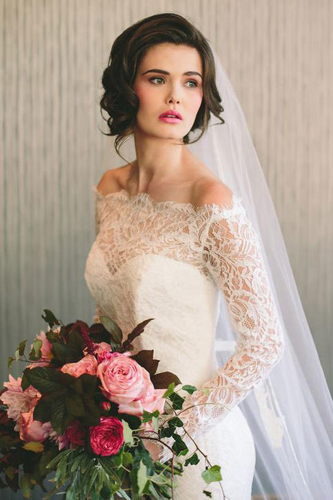 Vintage-Inspired Curls with Cathedral Veil