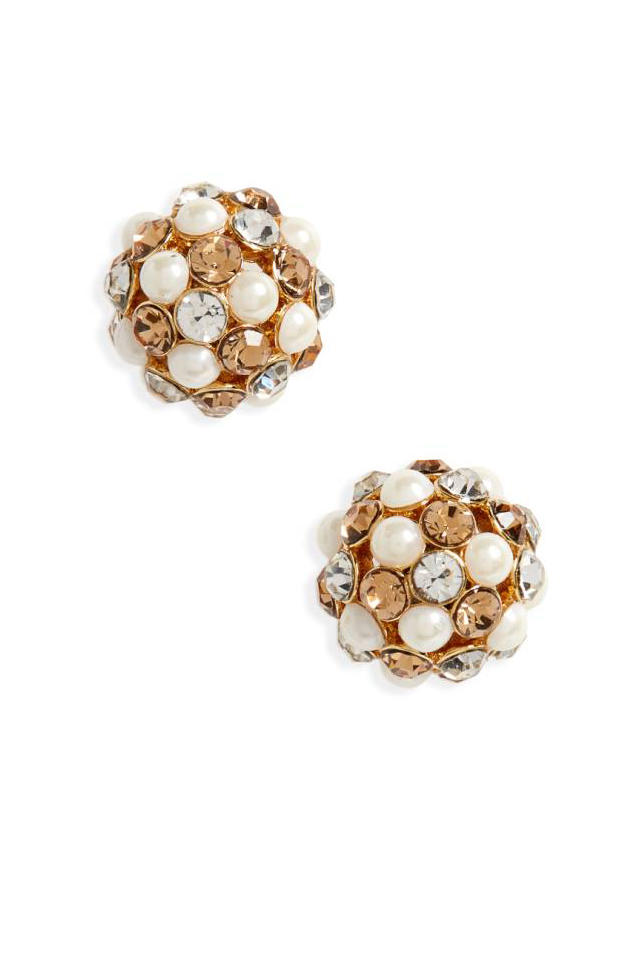 26 Stylish Updates to Your Mother\'s Classic Pearls - Southern Living