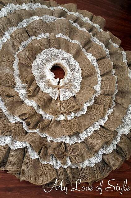 DIY Burlap and Lace Tree Skirt
