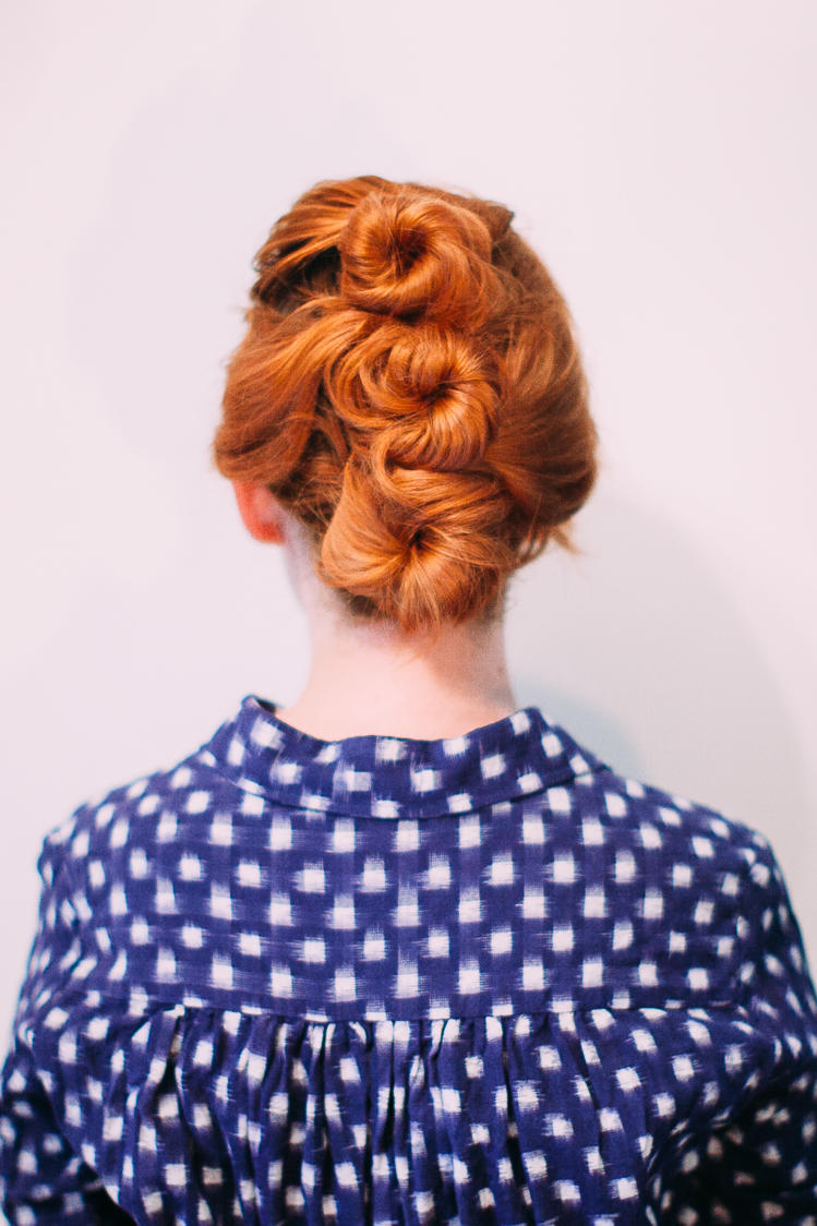 RX_1710_Medium-Length Updos_Easy Three-Bun Updo