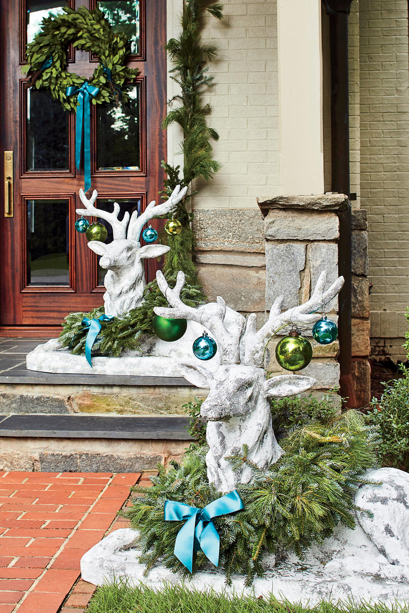 6 Impressive, Inexpensive Christmas Decorating Ideas ...