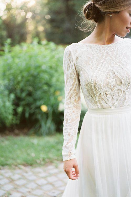 Lovely Lace Antique Detail Gown