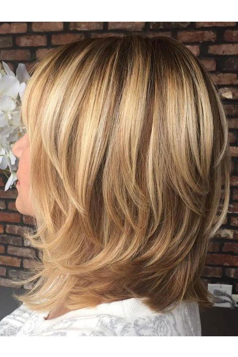 Images of shoulder length hair with layers