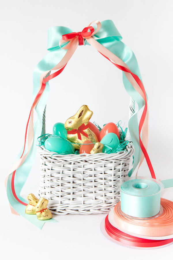 Easter basket ideas for kids teenagers and adults southern living ribbon easter basket negle Image collections