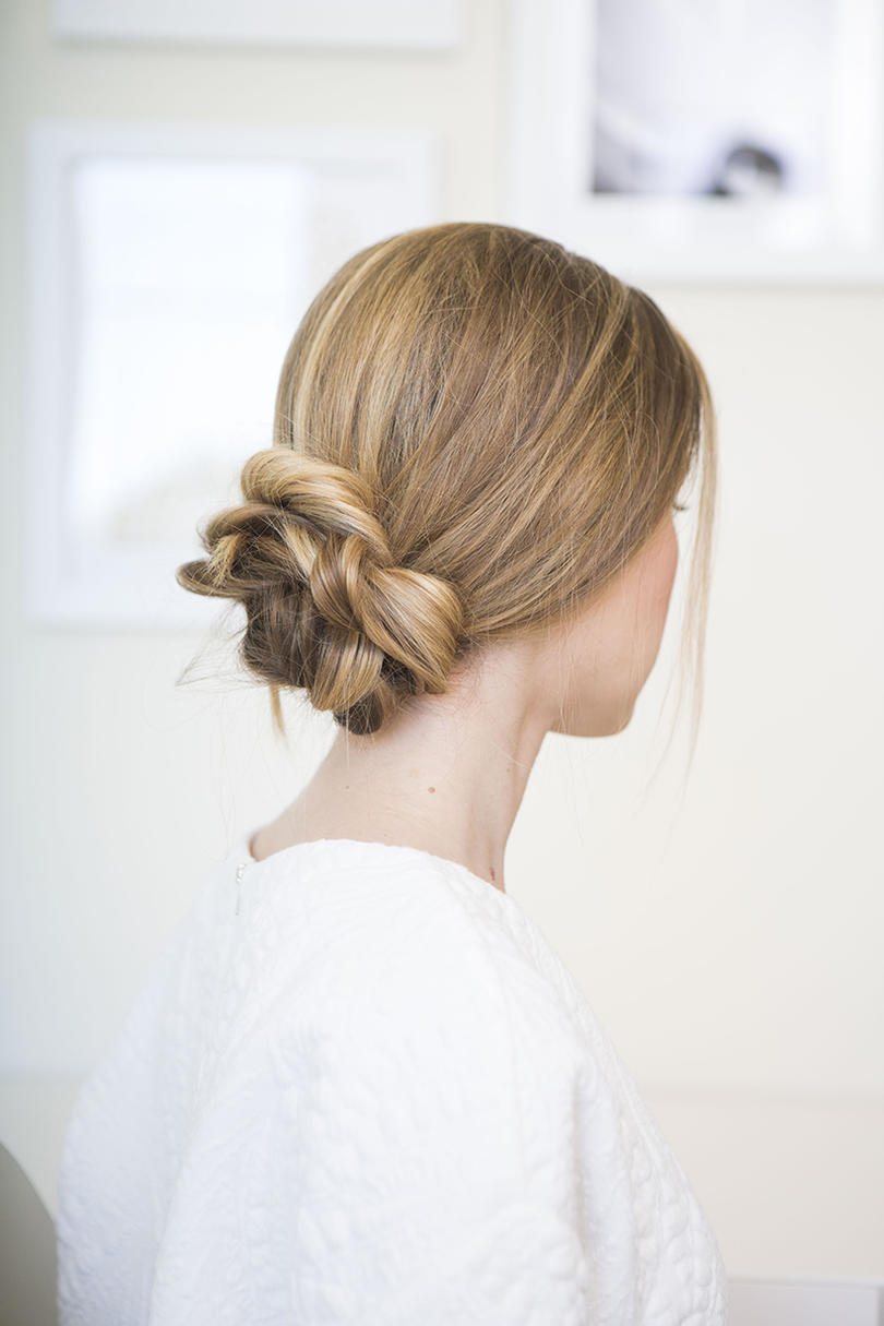 The Perfectly Loose Low Bun