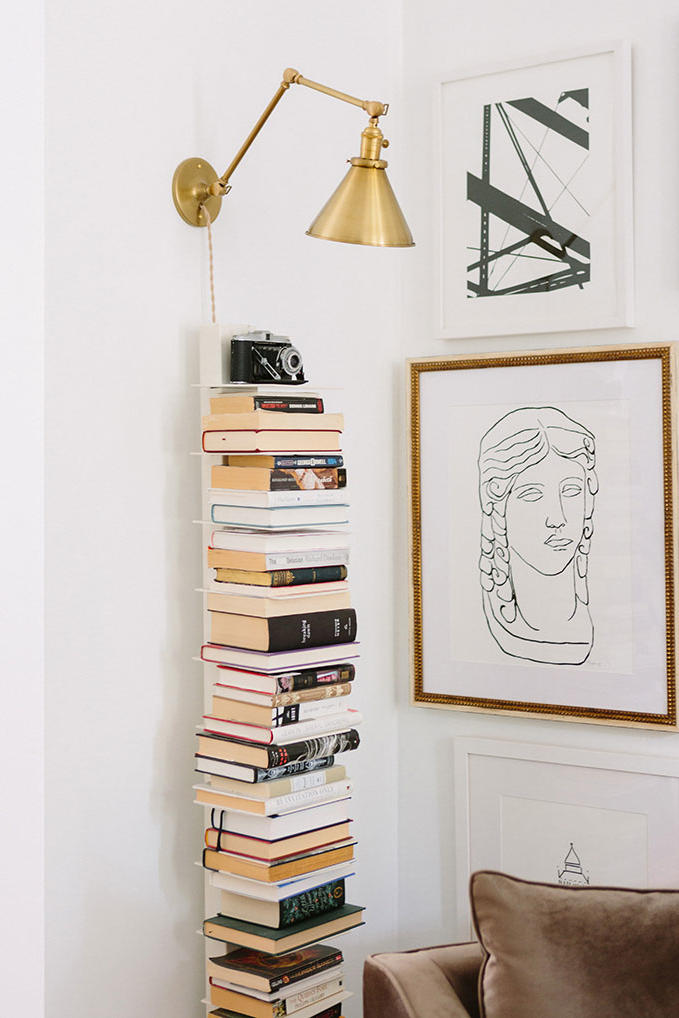Bookshelves That Instantly Make You Feel Cozy