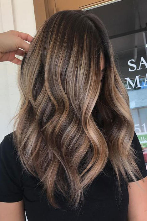 29 Brown Hair With Blonde Highlights Looks And Ideas Southern Living