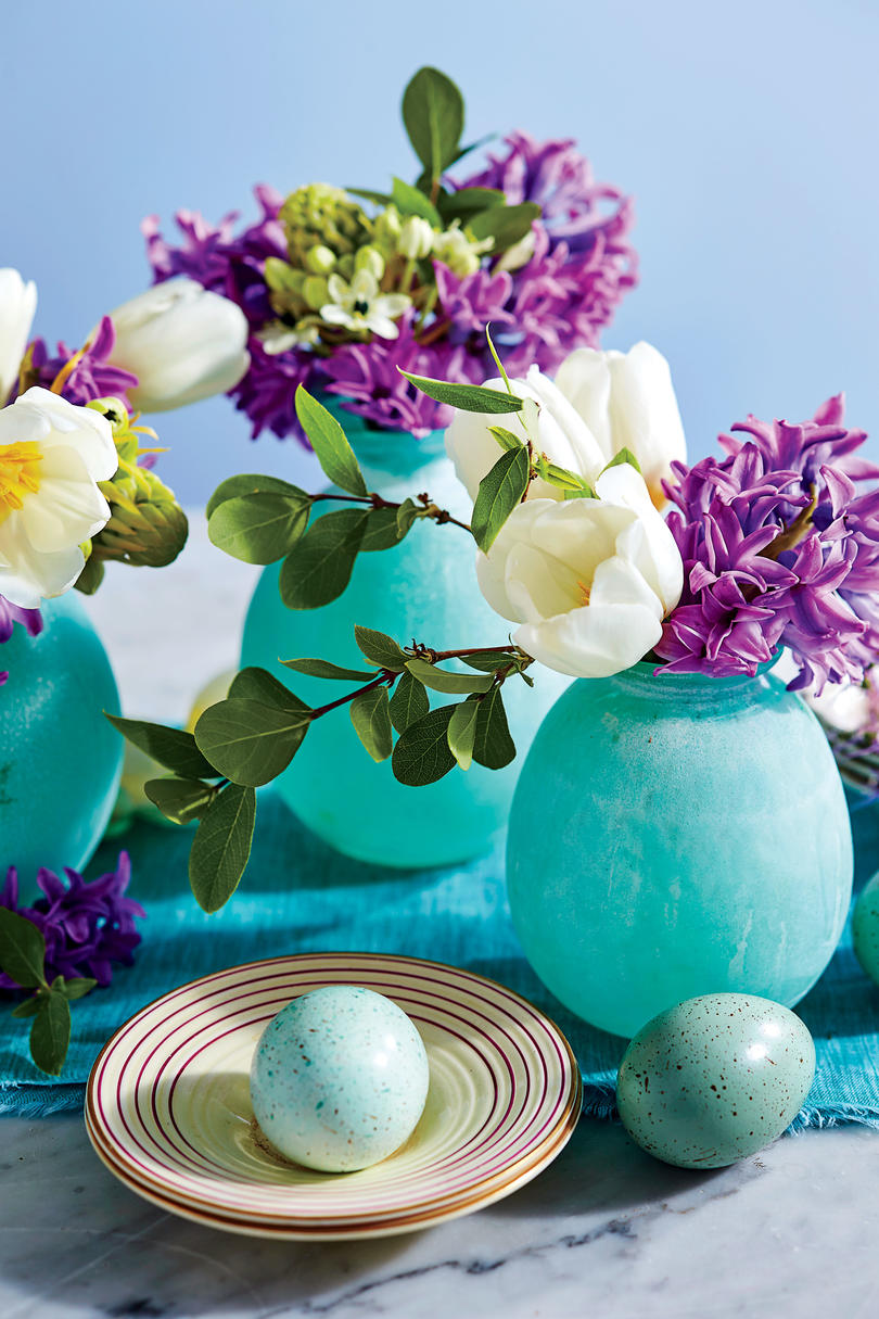 Purple Hyacinth and White Tulip Centerpiece & A Classic Purple and Teal Table For a Traditional Easter Celebration ...
