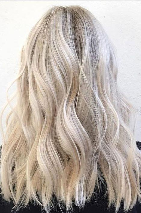 Hair Blonde with blonde highlights pictures