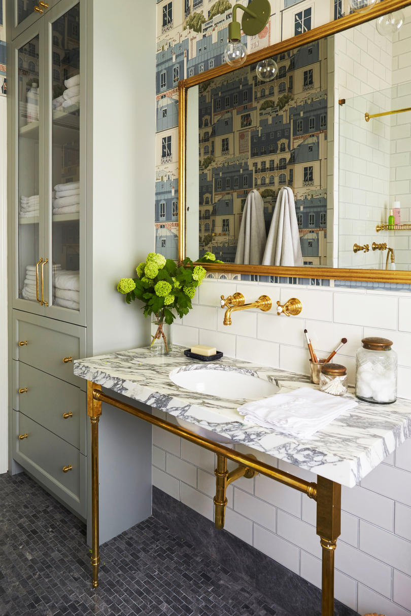 Meg Lonergan Houston Craftsman Master Bathroom