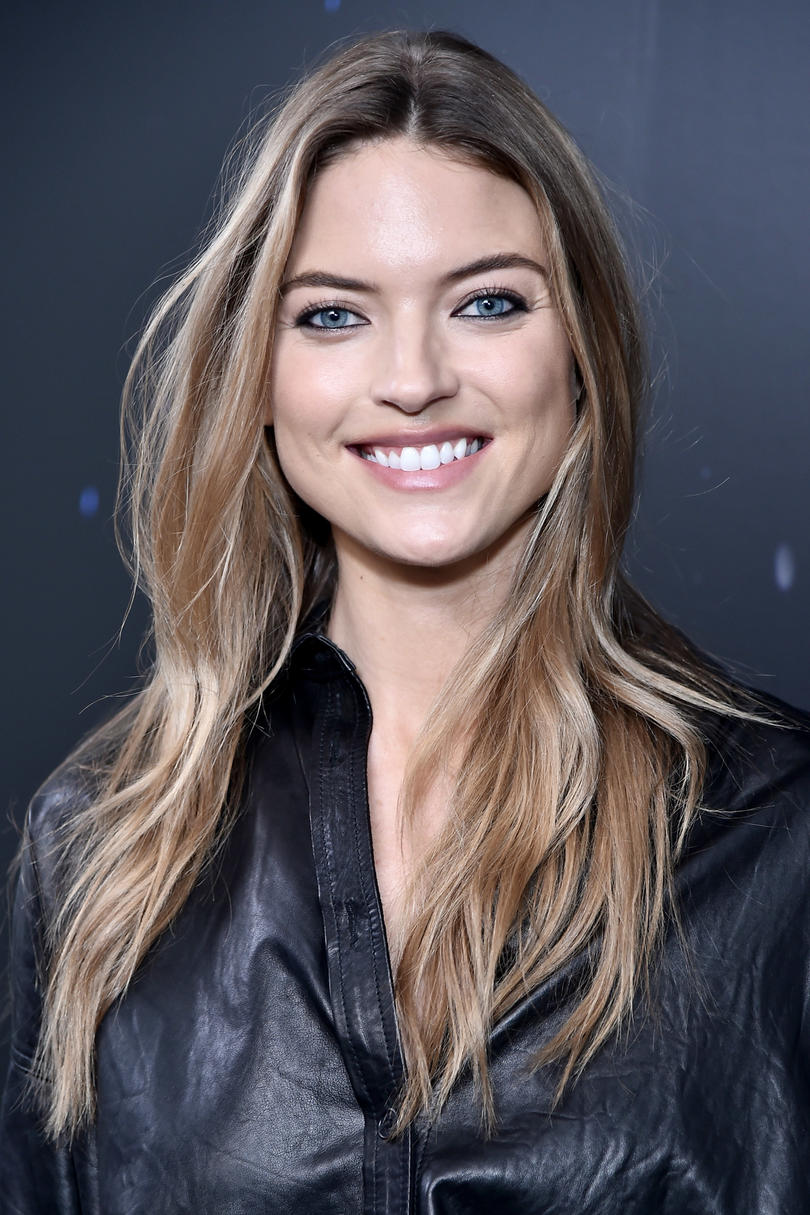 Best Hair Color For Tan Skin And Blue Eyes Image Of Hair Salon And