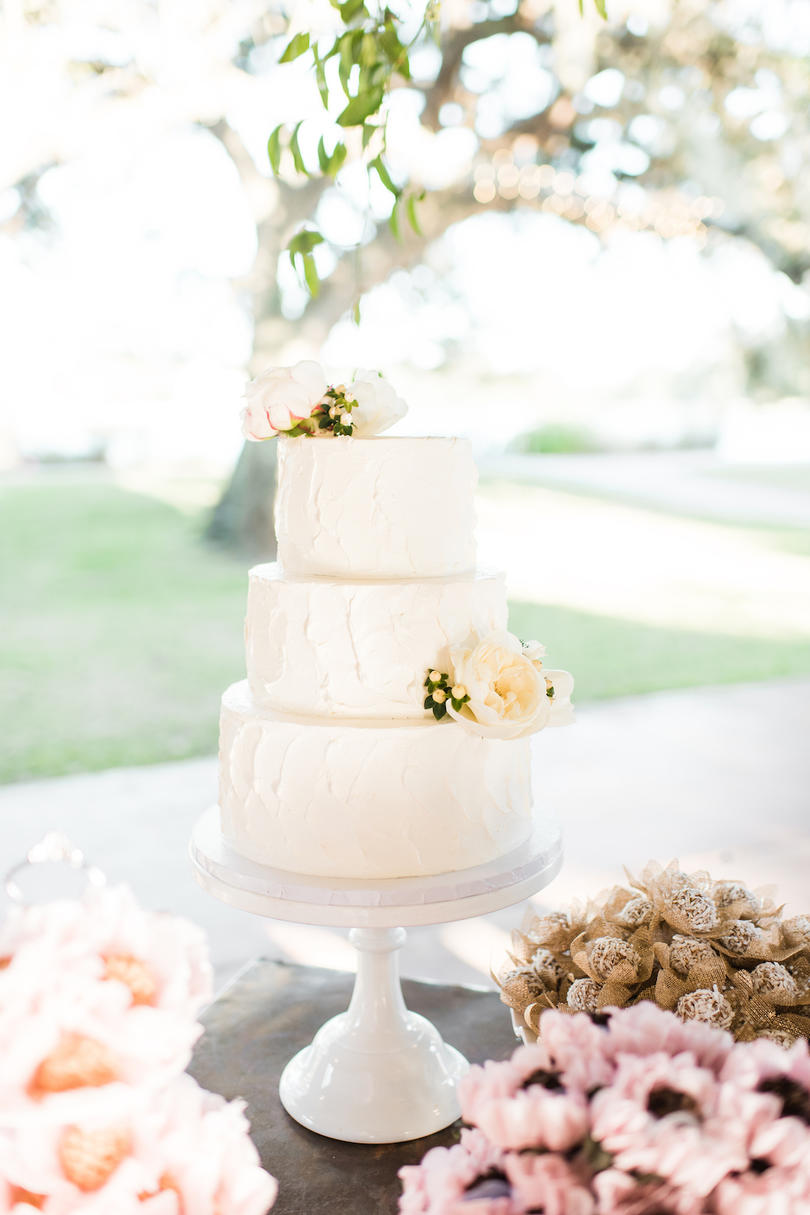 This Houston Wedding Had a Texas-Sized Dessert Table - Southern Living