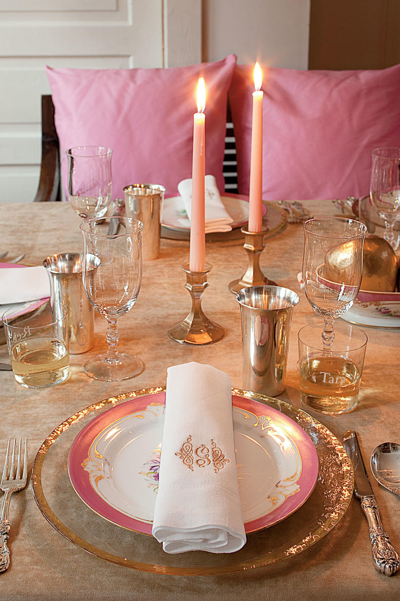 Family-Style Thanksgiving Table & Sparkling Thanksgiving Table Setting - Southern Living
