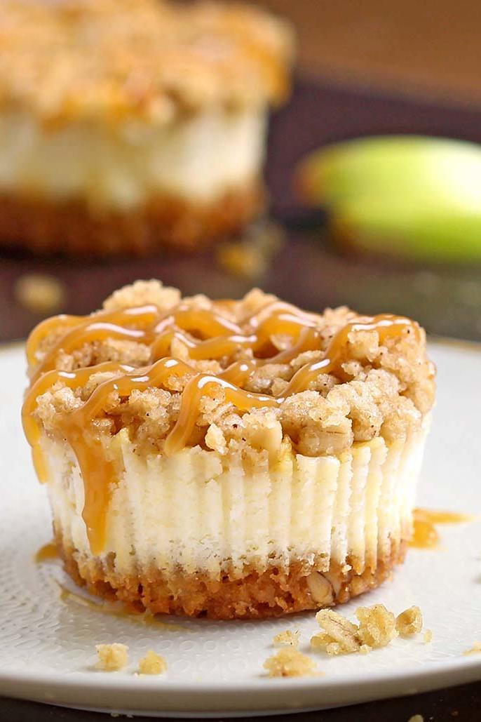 Caramel Apple Crisp Mini Cheesecakes