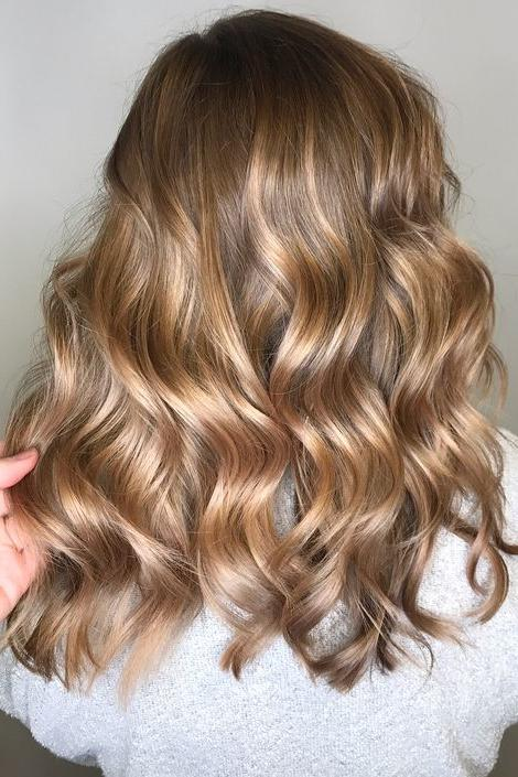 Multiple Hair Coloring: Champagne Hair Color We're Dying For
