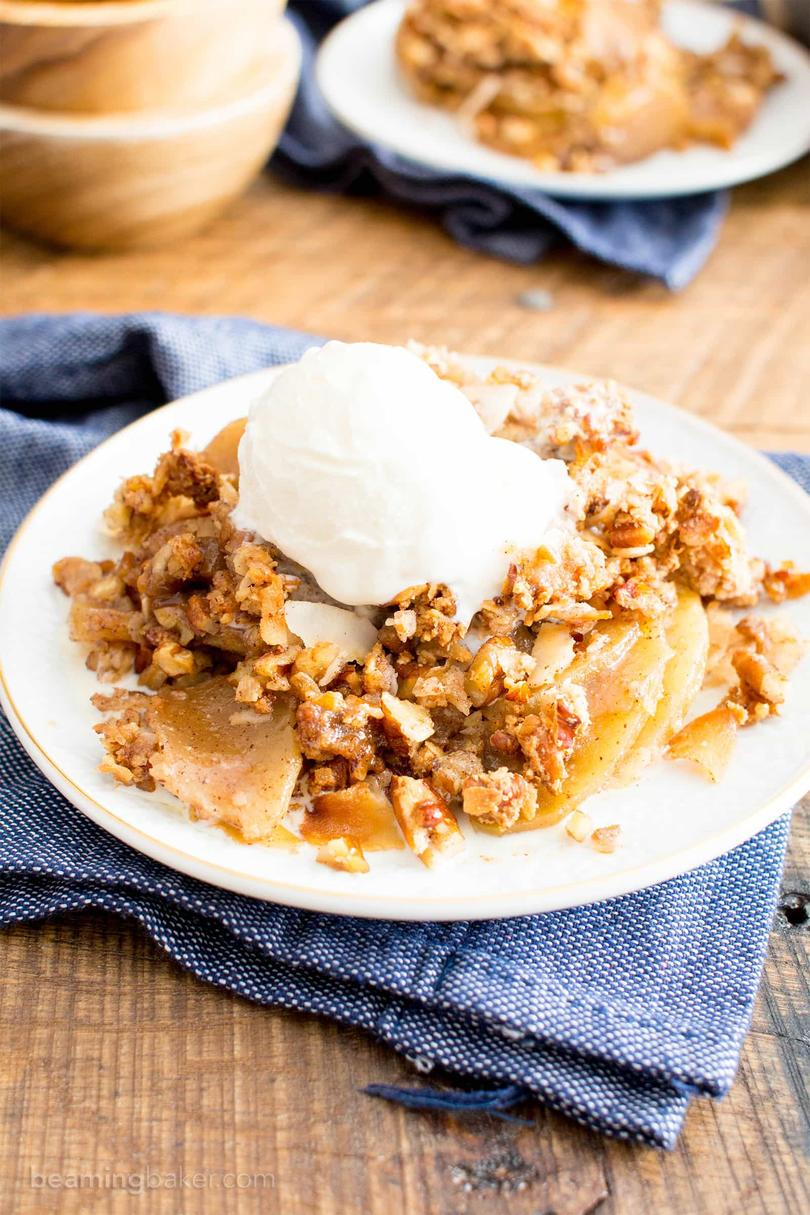 Paleo Apple Pecan Coconut Crisp