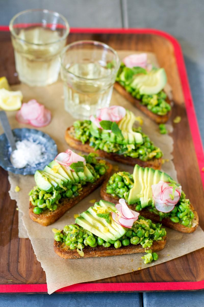Smashed Pea Bruschetta with Avocado and Pickled Radish