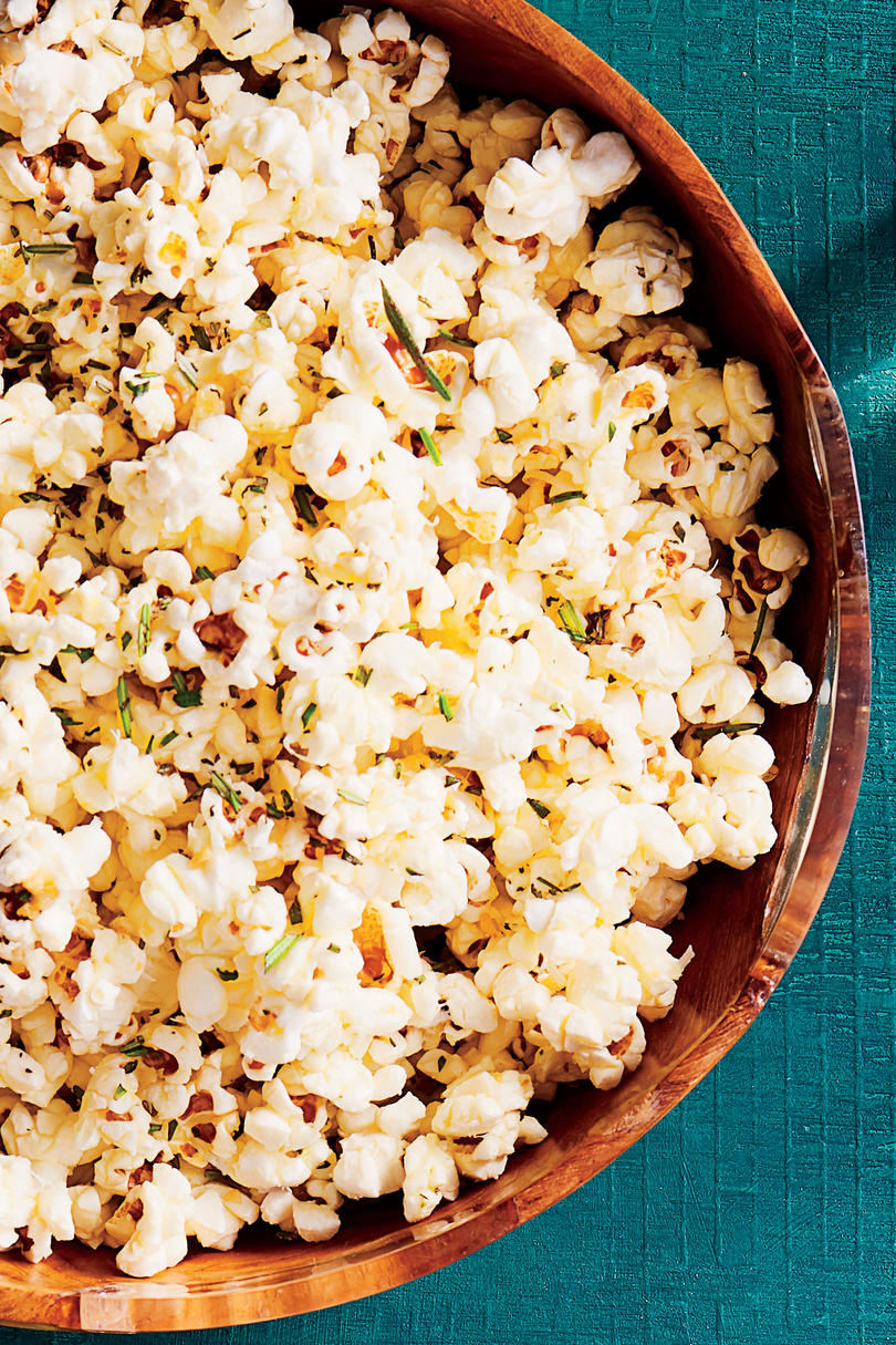 Olive Oil Popcorn with Garlic and Rosemary
