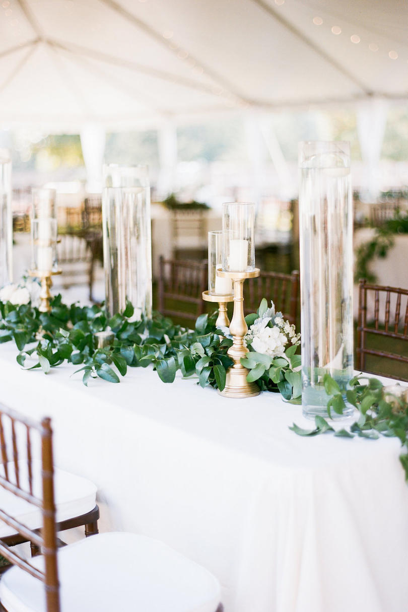 Simple Greenery Wedding Table Decor