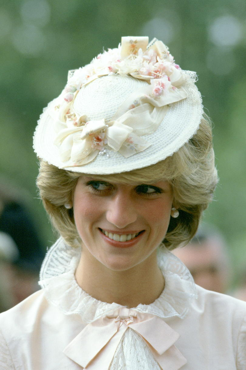 Princess Diana in a Cream Fascinator