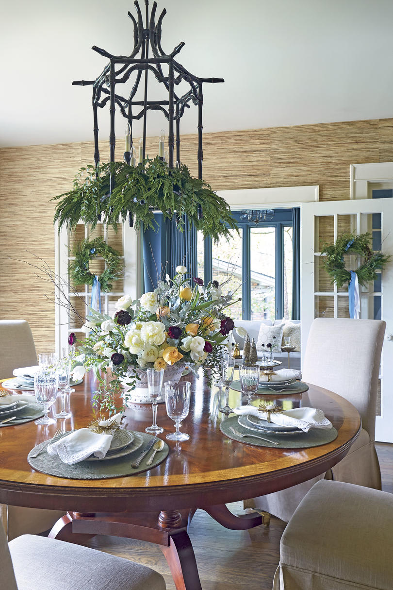 Dress Up the Dining Room
