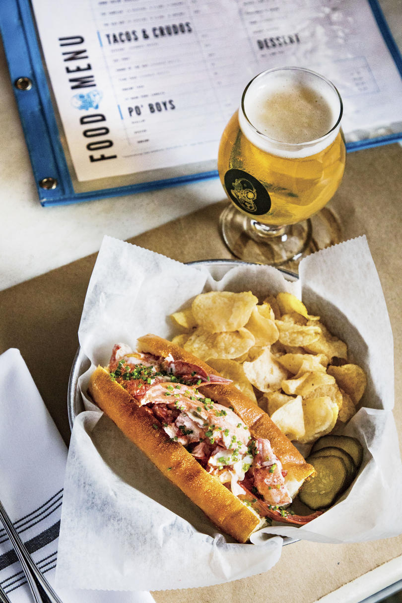 Charleston Restaurants: 167 Raw Lobster Roll