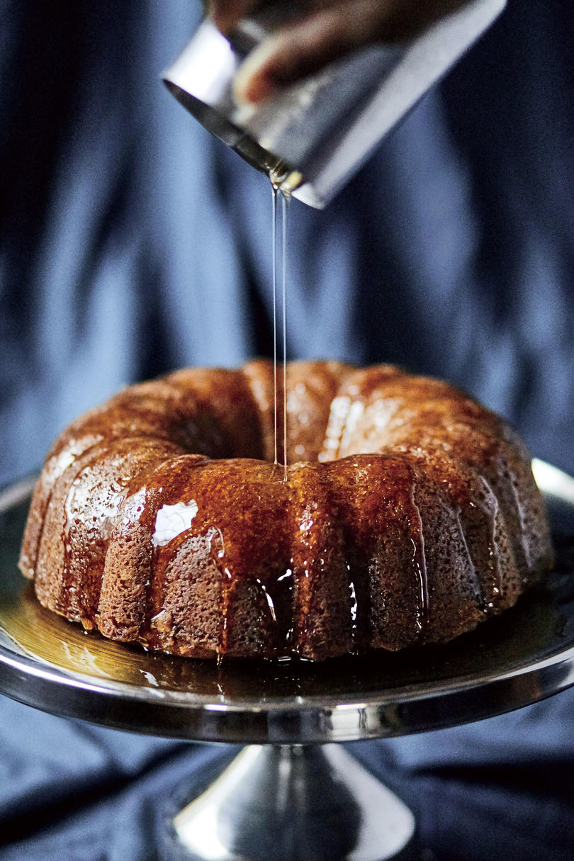 RX_1905_May 2019 Recipes_Mama Dip's Rum Cake