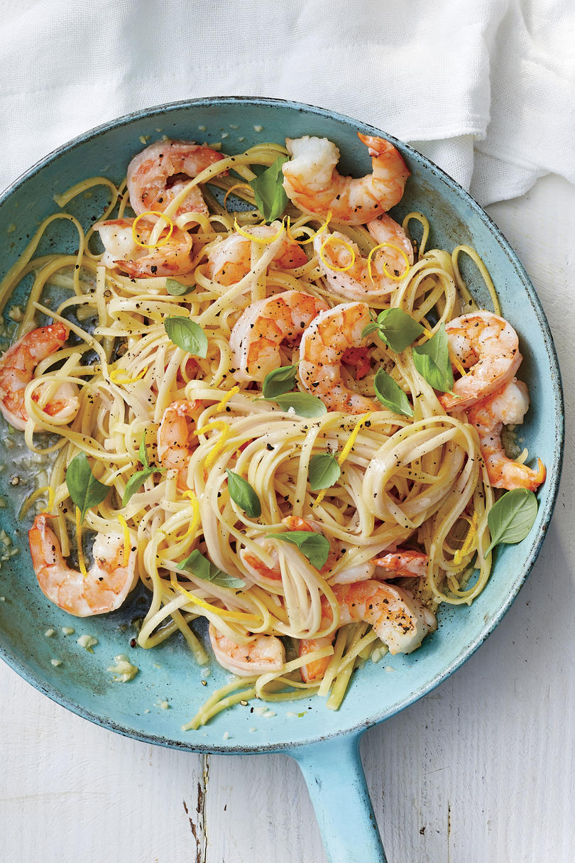 Easy Shrimp Scampi with Basil
