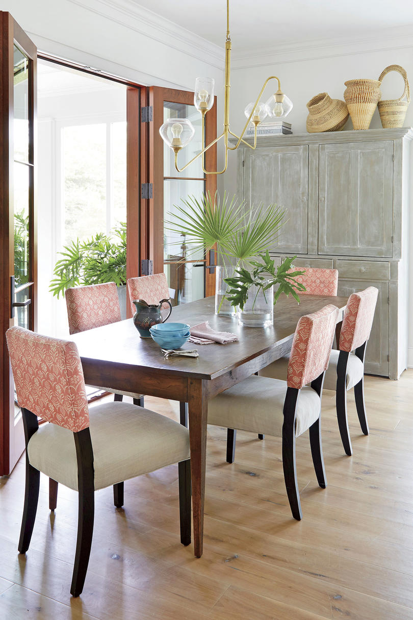 Jenny Keenan Designed Breakfast Table in Her Parents Home in Mount Pleasant, SC