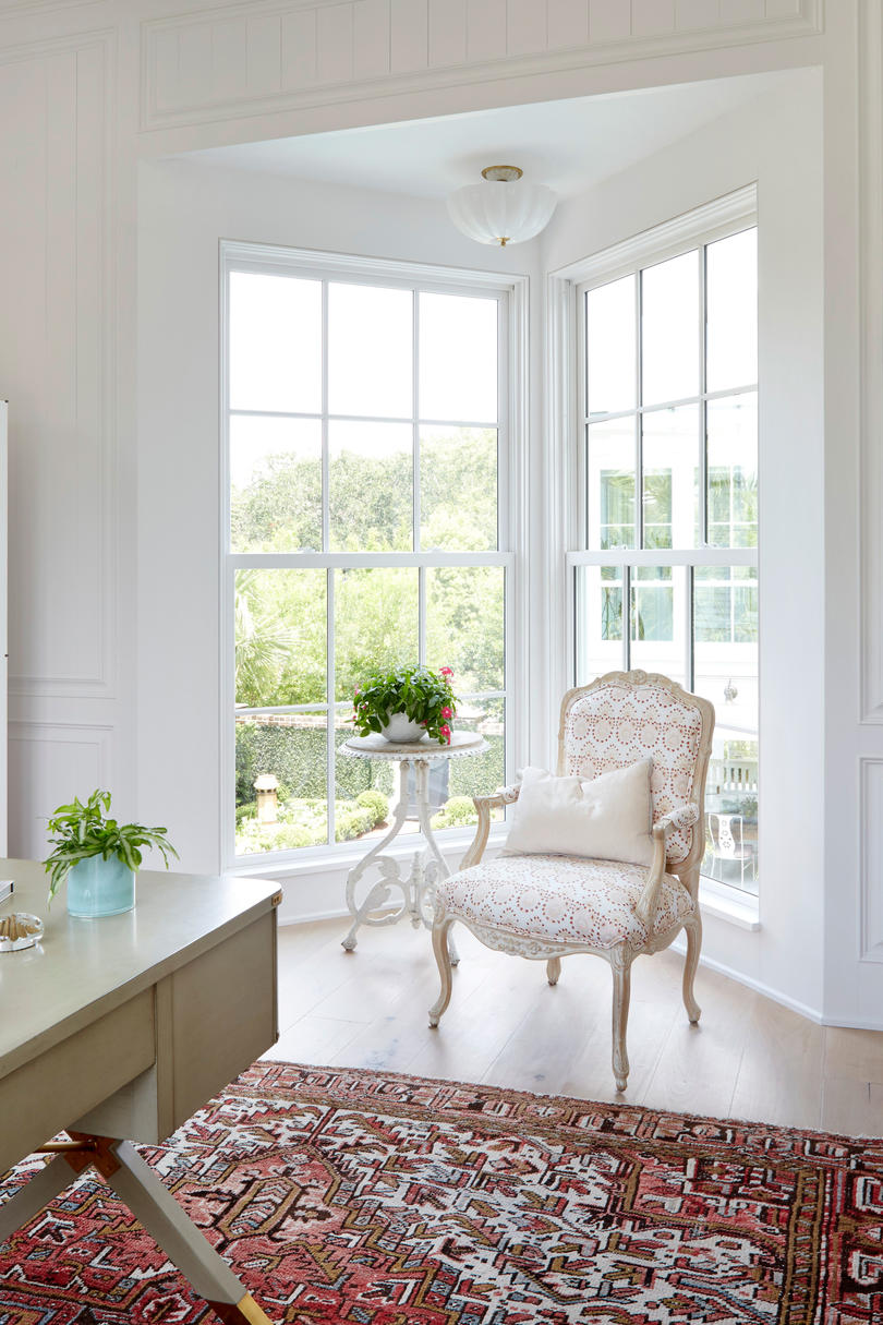 Beau Clowney Architecture Bay Window in Mount Pleasant, SC Home