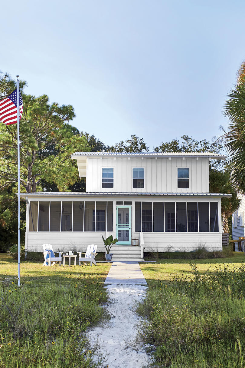 St. Teresa, FL Beach House Screened Porch with Teal Door