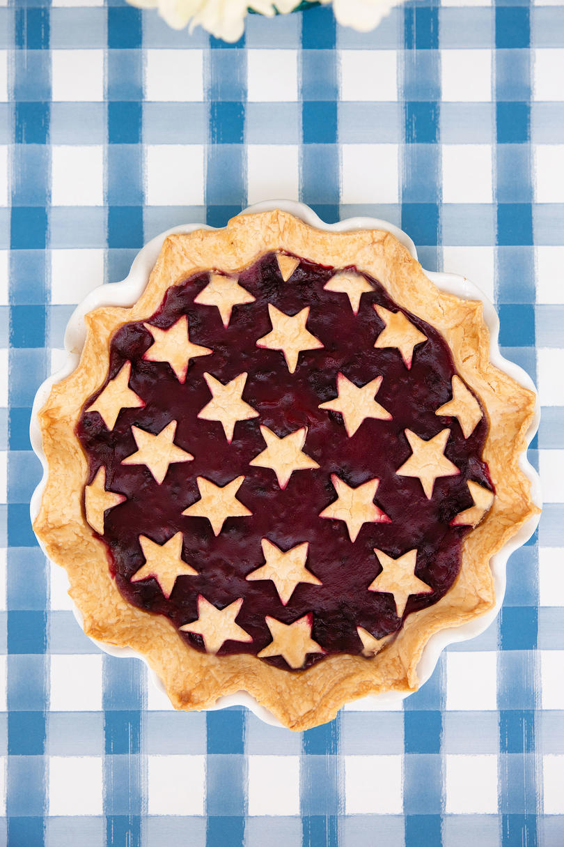 Katie Jacobs and Mary Huddleston 4th of July Party Blackberry Pie