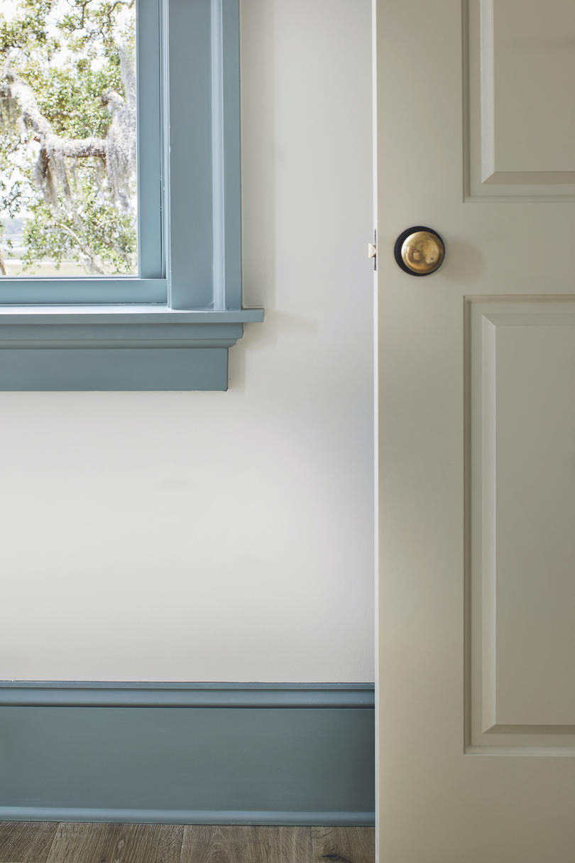 2019 Idea House Interior Door Paint Color