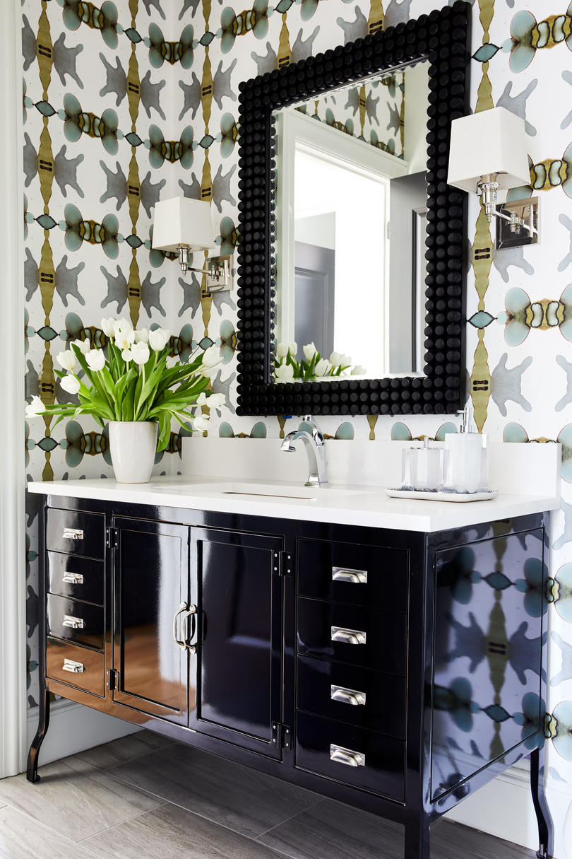Guest Bathroom with punchy wallpaper