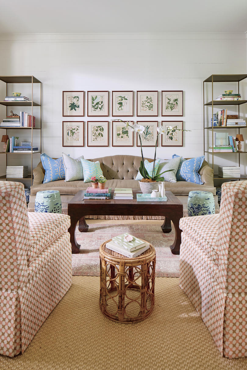 Julia Engel of Gal Meets Glam Charleston, SC Home Living Room