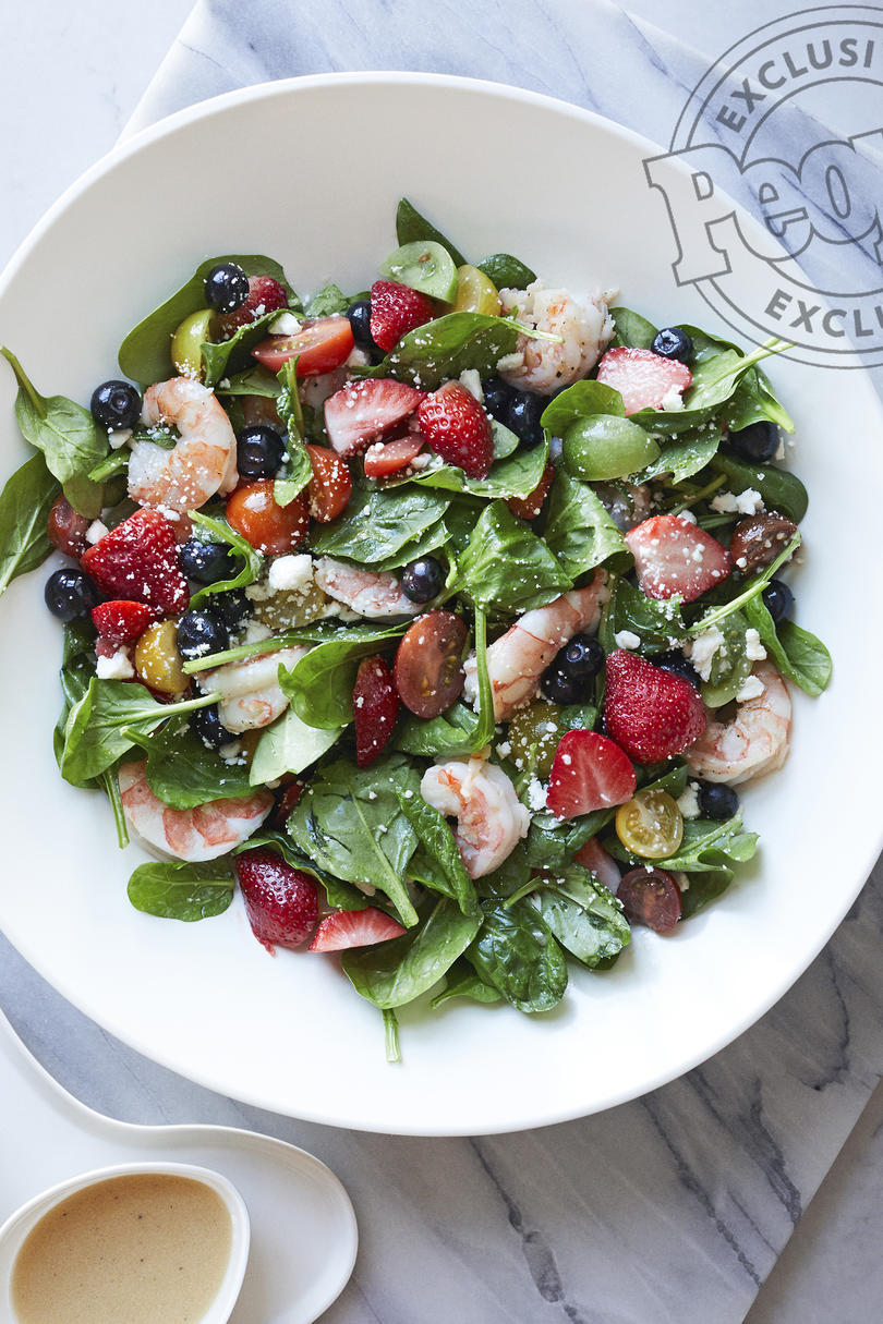 SHRIMP SALAD WITH BERRIES AND FETA