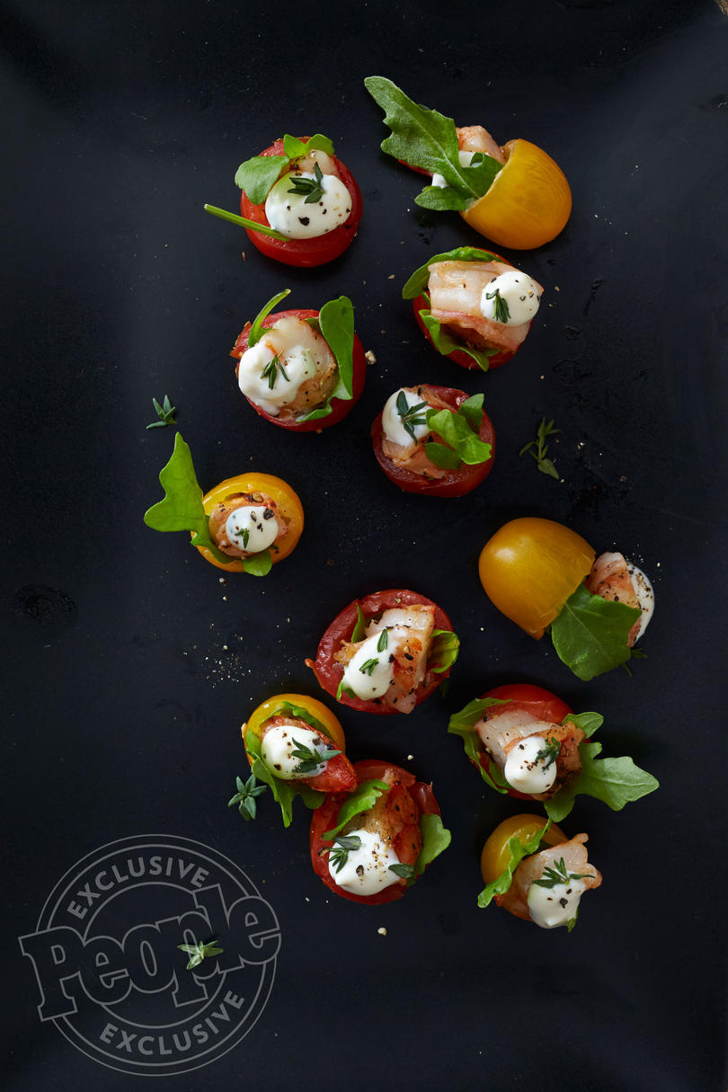 SHRIMP, LETTUCE AND TOMATO CUPS