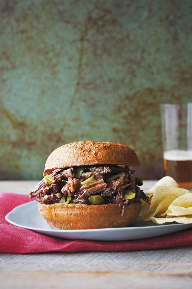 RX_1810_Slow Cooker Sandwich Recipes_Tangy Italian Beef Sandwiches
