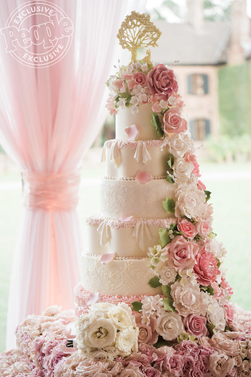 A Cake Topper to Top All Cake Toppers