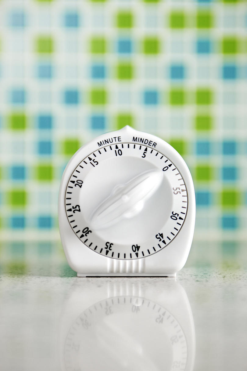 Kitchen timer with tile background